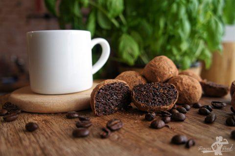 Kaffee-Haselnuss Trüffel