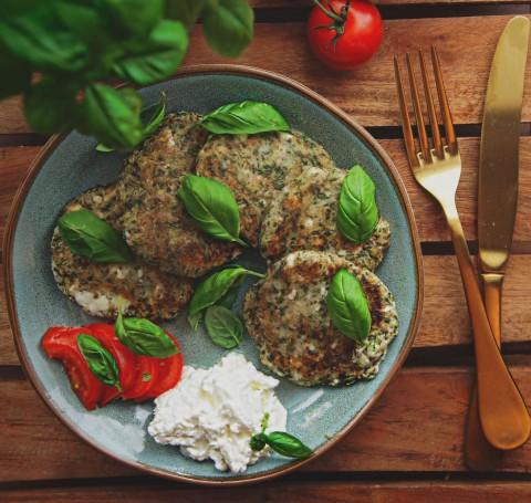Leichte Zucchinipuffer – vegan & glutenfrei