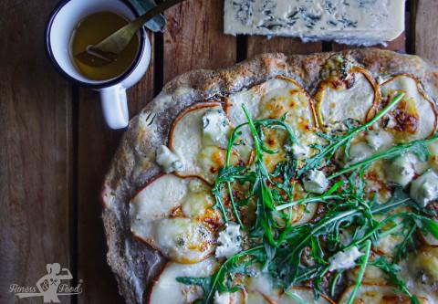 Gesunde Birnen-Gorgonzola Pizza