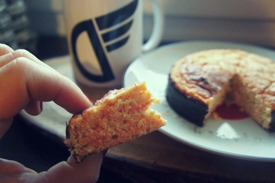 Apple-Carrot Fitness Cake